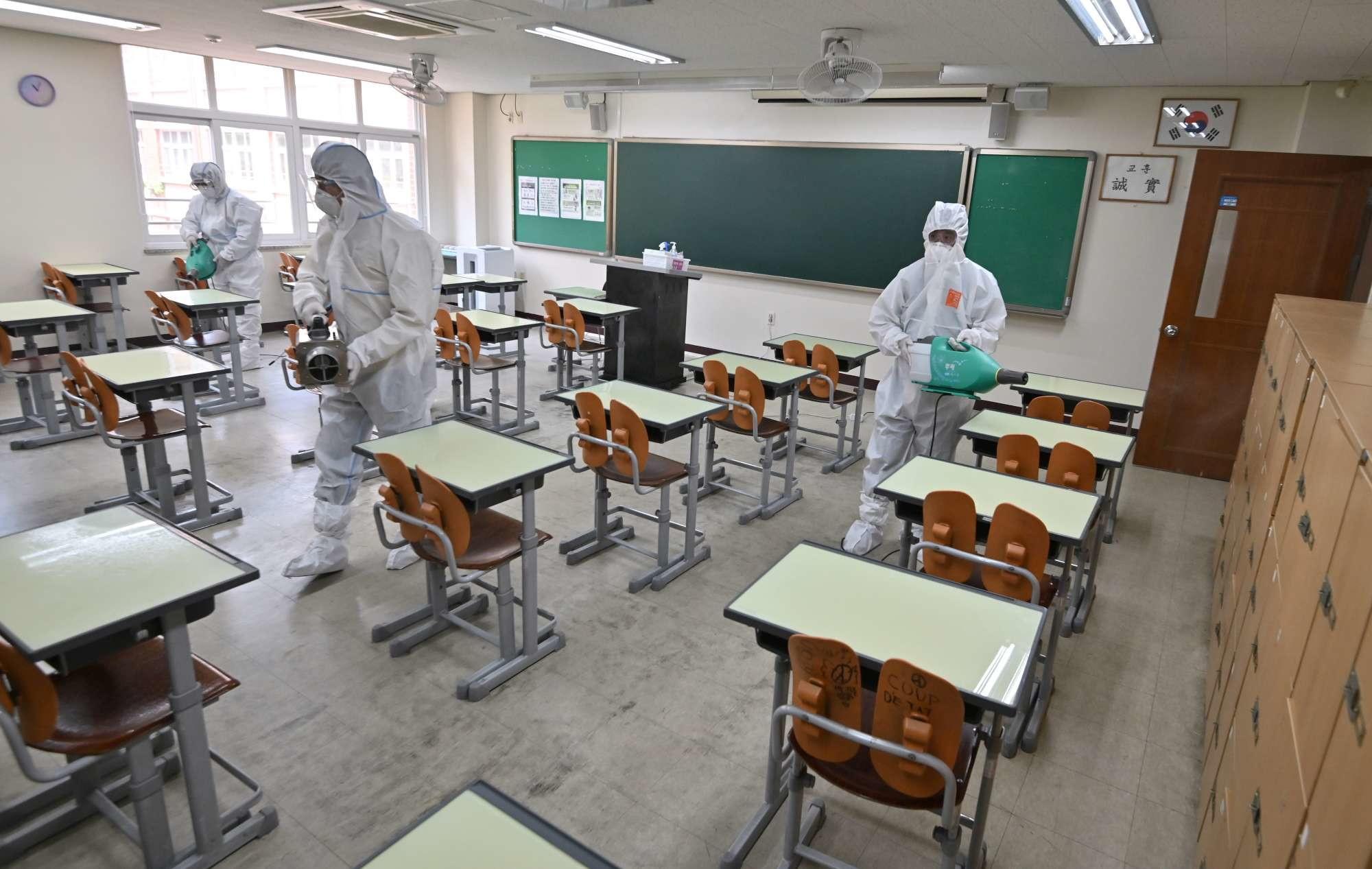 disinfecting-classroom